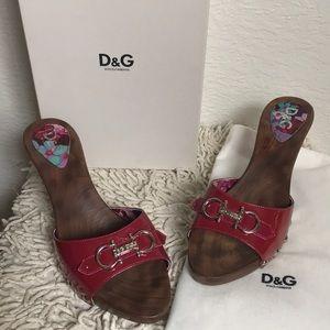 Dolce & Gabbana Heels 🛍